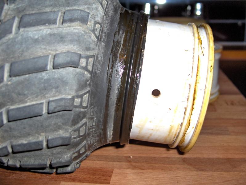 Comment démonter/décoller un pneu - Page 2 Hpim2235