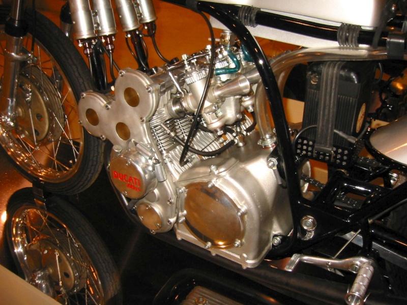 les plus beaux moteurs 24231210