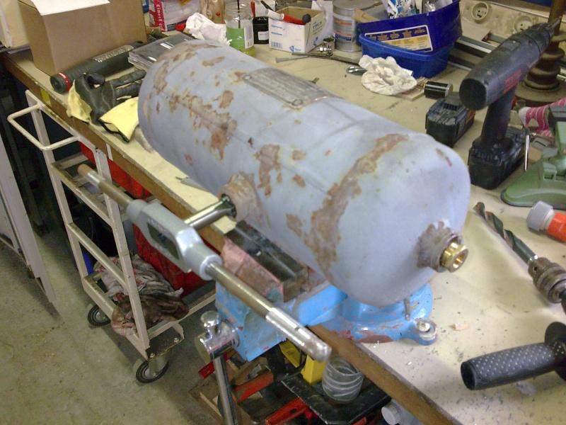 Montage d'un blocage Aschcroft avec un compresseur de DiscoII:..........Un projet gonflé........ mais on ne manque pas d'air!  - Page 2 Photo012