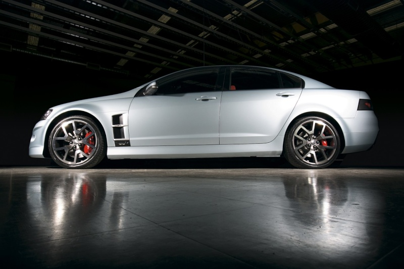 Vous êtes riche ! Vous avez une GTS biensur, mais quoi d'autre en modèle hors norme ? Holden10