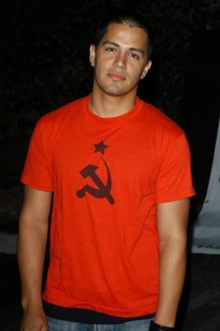 Jay Hernandez es Gus Elizalde Jay20h11