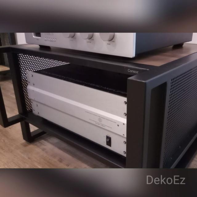 Amplifier audio racks 2018-016
