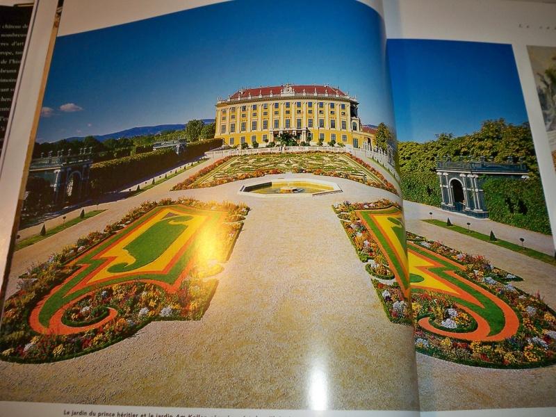 Le palais de Schönbrunn - Page 4 02111