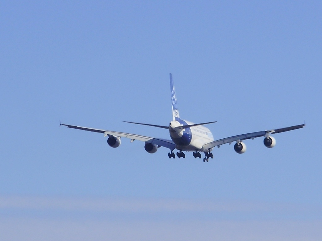 [29/08/2010] Visite de l'Airbus A380 à Nantes-Atlantique ! La510