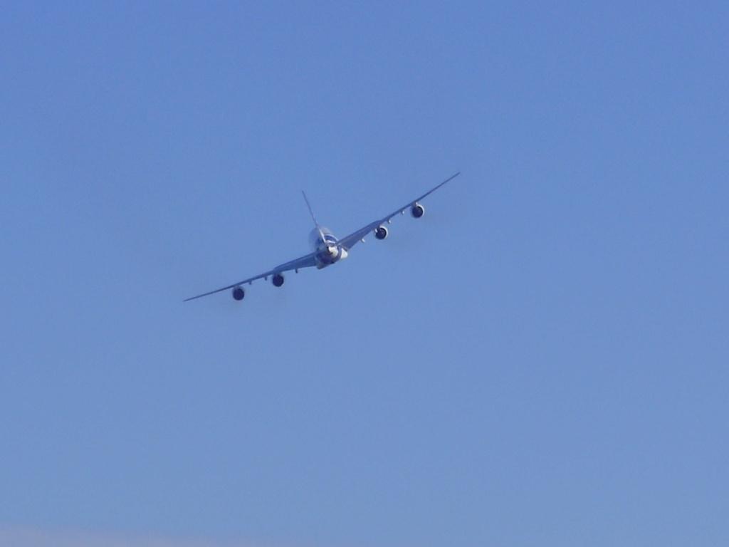 [29/08/2010] Visite de l'Airbus A380 à Nantes-Atlantique ! La610