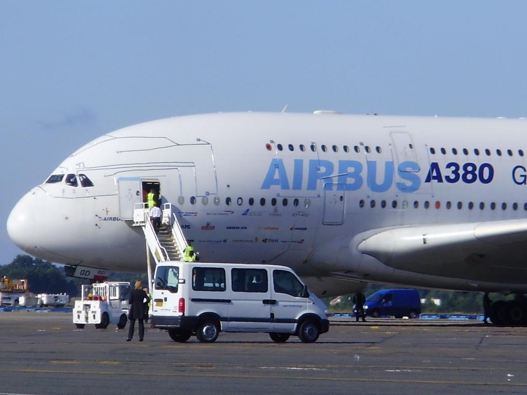 [29/08/2010] Visite de l'Airbus A380 à Nantes-Atlantique ! Nosee10