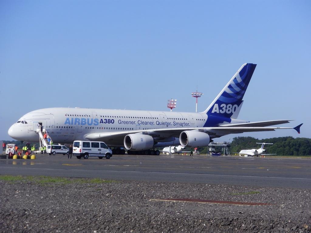 [29/08/2010] Visite de l'Airbus A380 à Nantes-Atlantique ! Positi10