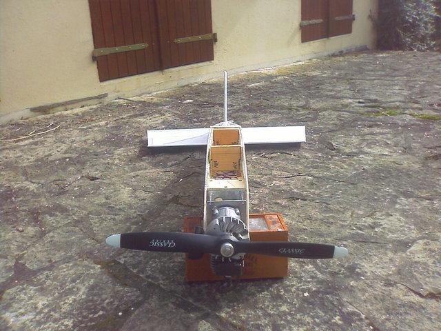 construction avion avec moteur  debroussailleuse   410