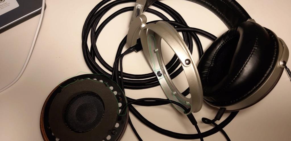 Cosa ne pensate di effettuare modifiche acustiche migliorative alle cuffie ? Whats102