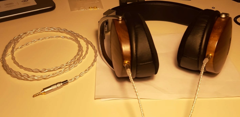 Cosa ne pensate di effettuare modifiche acustiche migliorative alle cuffie ? Whats106