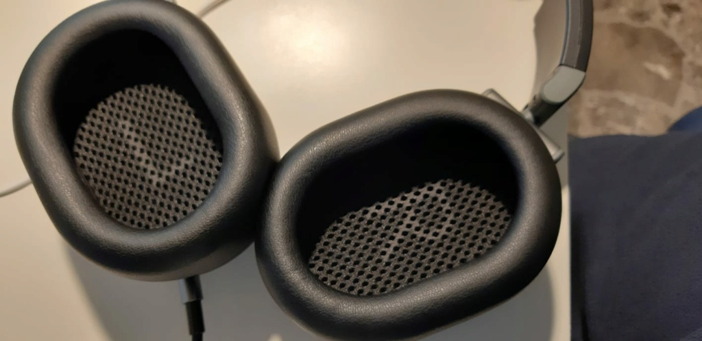 Austrian Audio Hi-X55 Whats117
