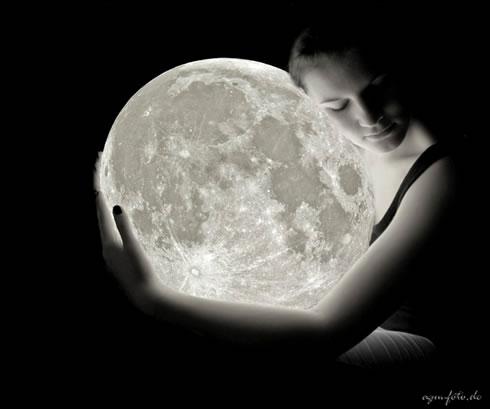 Bando dello Stemma Moon210
