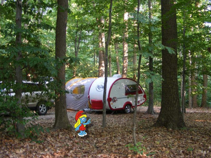 La Petite Stroumfette Rouge roule toujours,  Shenandoa montain, Washington, Cape Hatteras, Québec, Ontario 0310