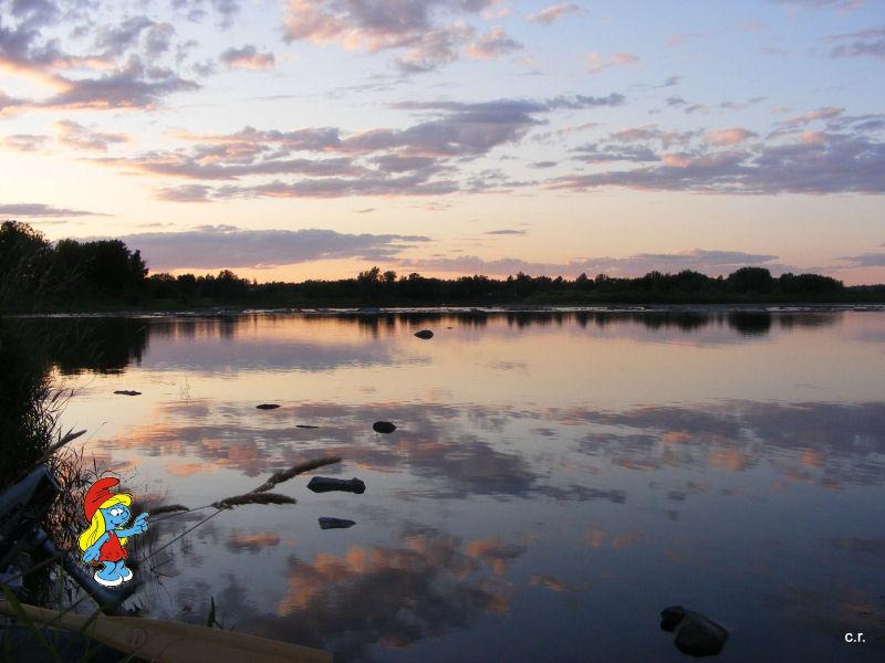 La Petite Stroumfette Rouge roule toujours,  Shenandoa montain, Washington, Cape Hatteras, Québec, Ontario 0610