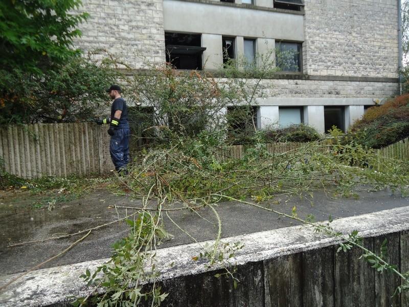 Opération Cleaning Amphi Dsc00412