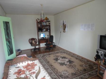 Продается 2-х комнатная квартира по ул.Островского Dsc01411