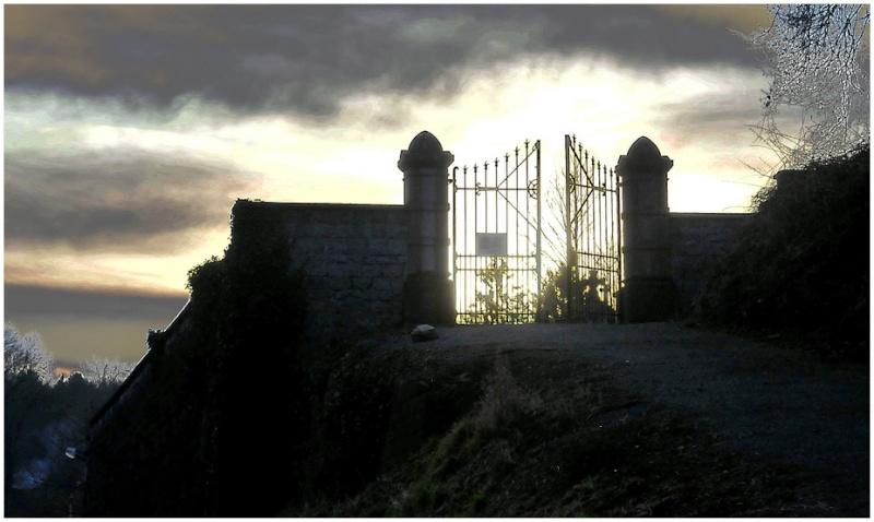 Les portes de l'enfer.(verrons nous, un jour cette lumière???) Les_po10
