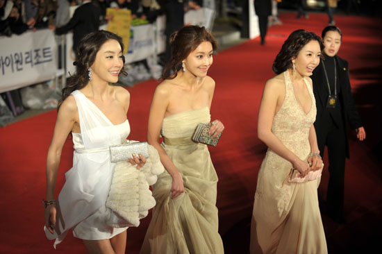 Boys over flowers at jang je yeon's wake Nno7qw10