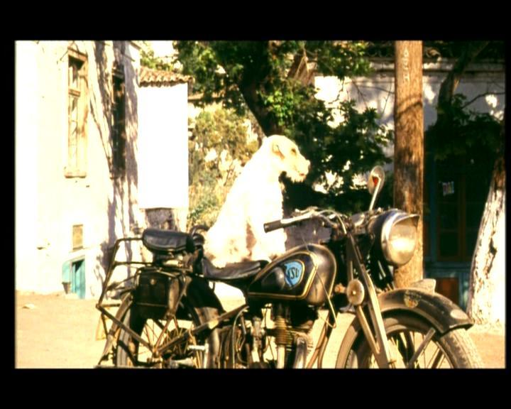 Une moto, une image. Quel film ? - Page 3 I0418110