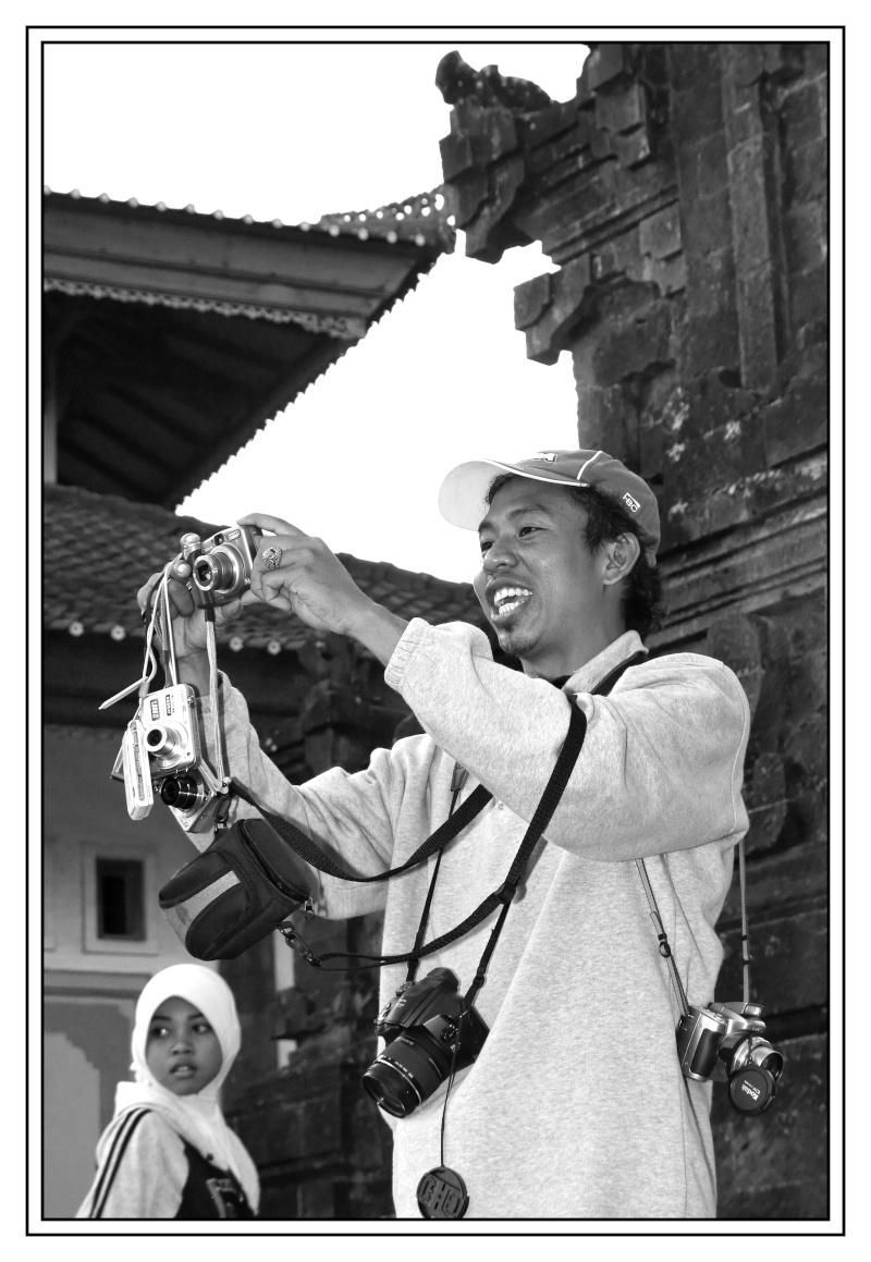 Photographes photographiés (fil ouvert) - Page 3 31_mai16