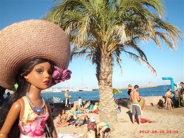 THEME PHOTOS D' AOUT 2012 : ELLO en vacances  - Page 4 2012_017