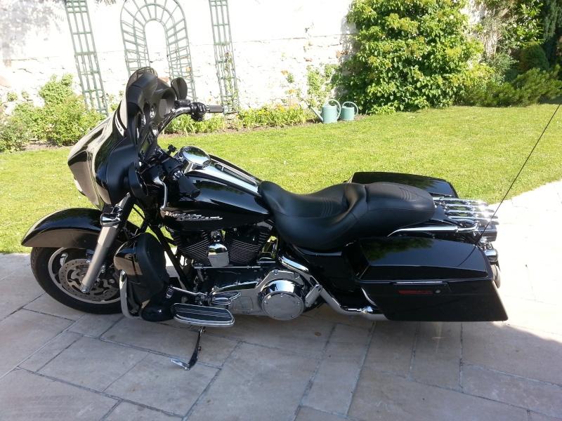 combien de STREET GLIDE  sur le forum Passion-Harley - Page 2 20130727