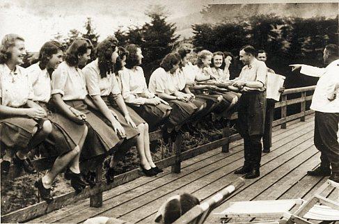 Les femmes dans la SS 06892110