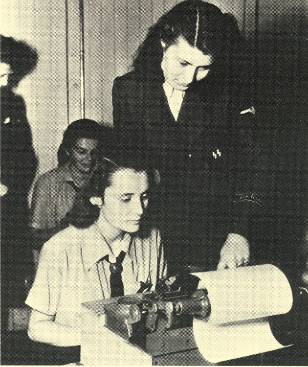 Les femmes dans la SS Ss-hel10