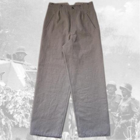 Le tenue Drillich (les treillis allemands) Tn_28210
