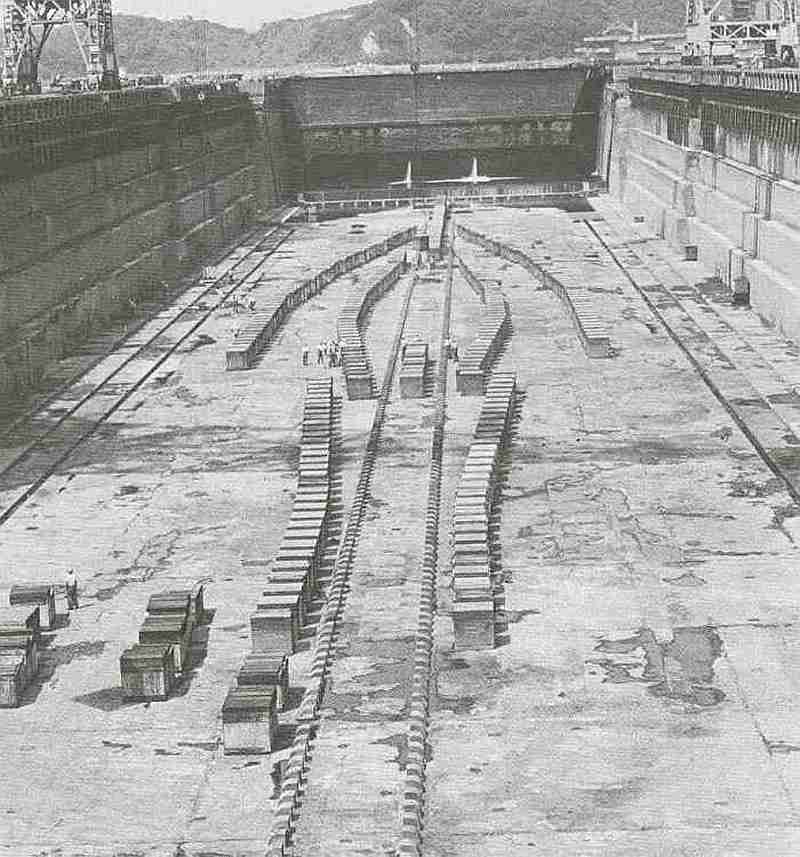 [Montage] Port/arsenal de Kure WWII - 1/700 1937_s11
