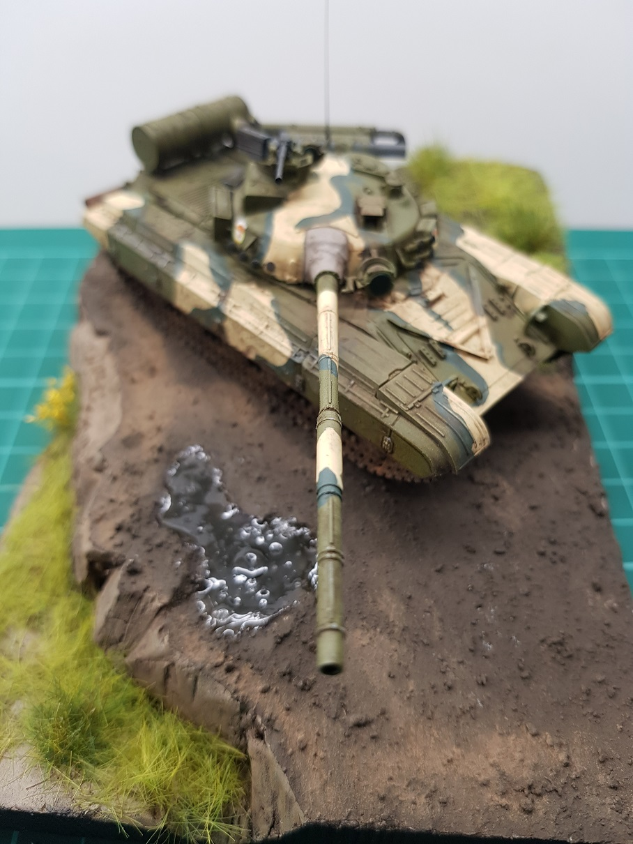 T-64 MOD 1981 Modelcollect 1/72 711