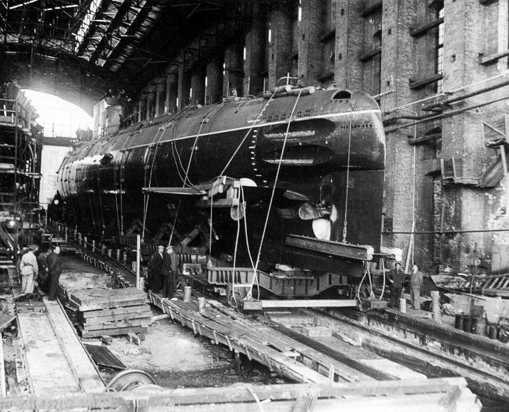 Sous-marin Soviétique Classe ZULU (project 611) 1/350 Zulu_210