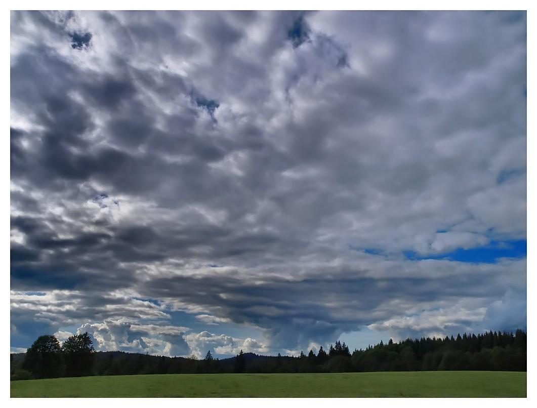 Ciel chargé sur la Haute Combe Sky01_10