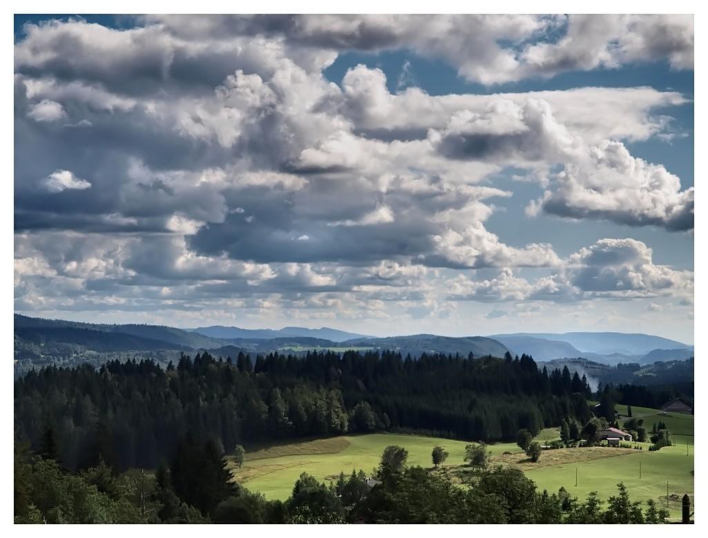 Ciel chargé sur la Haute Combe Sky02_10
