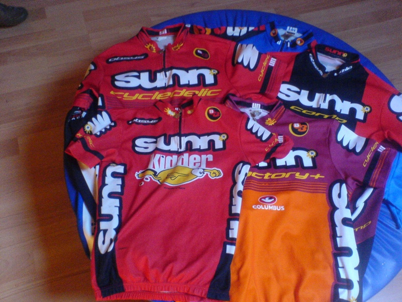 MAILLOTS - Page 2 Maillo34