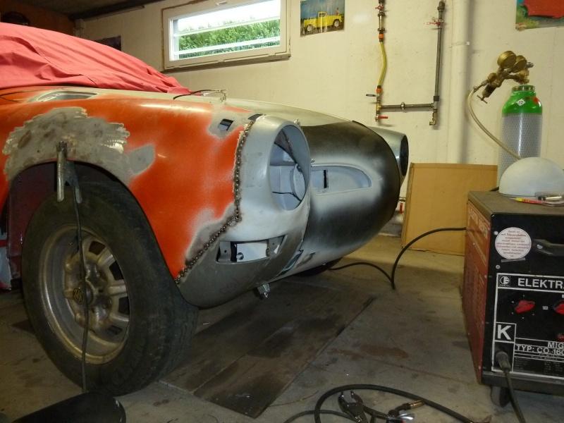 denis du bas rhin et sa Karmann Ghia de 73 sortie de grange - Page 3 P1070013