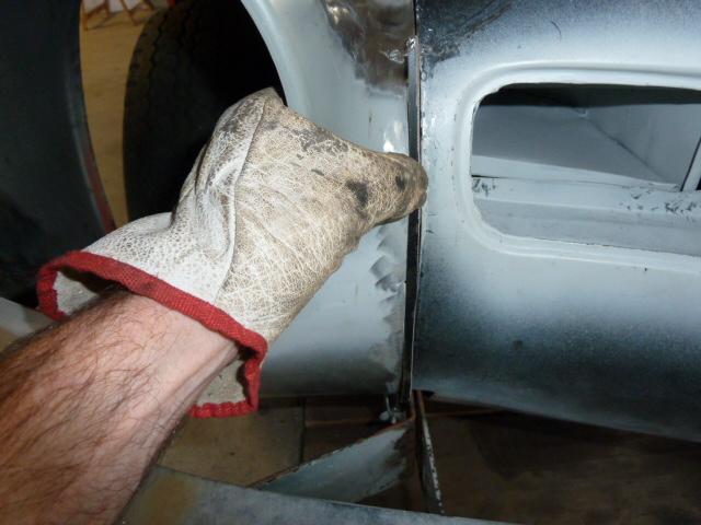 denis du bas rhin et sa Karmann Ghia de 73 sortie de grange - Page 3 P1070019