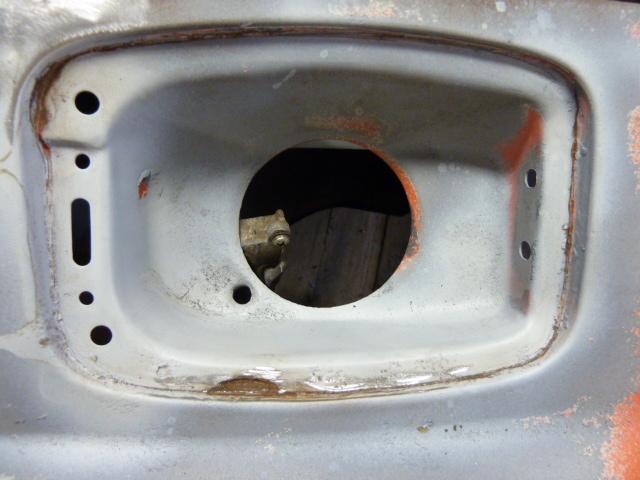 denis du bas rhin et sa Karmann Ghia de 73 sortie de grange - Page 4 P1070113