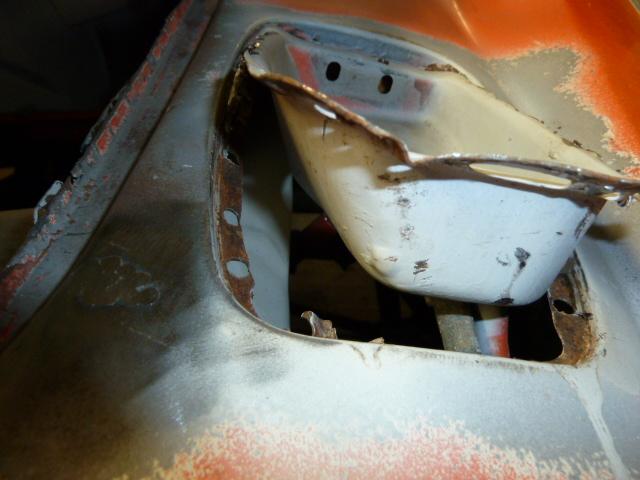 denis du bas rhin et sa Karmann Ghia de 73 sortie de grange - Page 4 P1070115