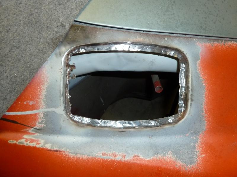 denis du bas rhin et sa Karmann Ghia de 73 sortie de grange - Page 4 P1070116