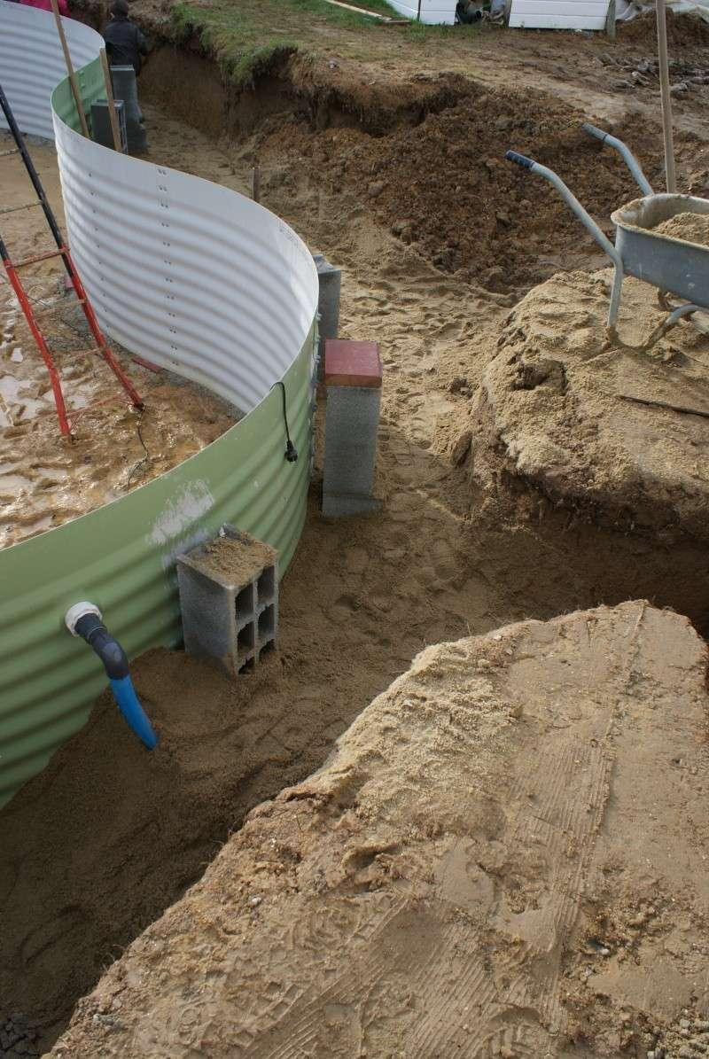Debut des travaux de notre céline 09 avec paso escalight et filtration a sable - Page 2 Dsc03618