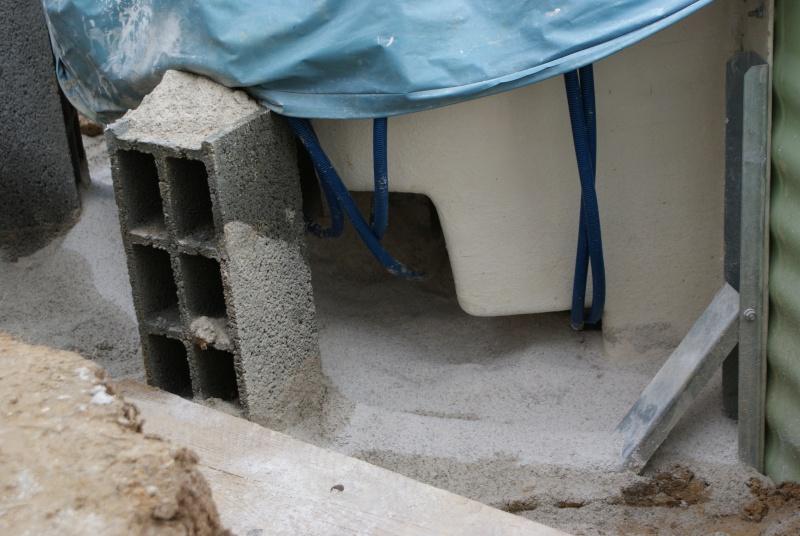 Debut des travaux de notre céline 09 avec paso escalight et filtration a sable - Page 3 Dsc03621