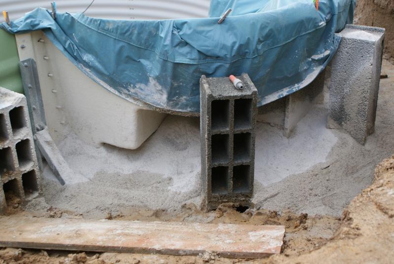 Debut des travaux de notre céline 09 avec paso escalight et filtration a sable - Page 3 Dsc03622