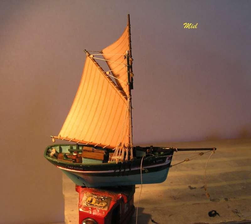Le  CAP SIZUN en bateau moule  3411