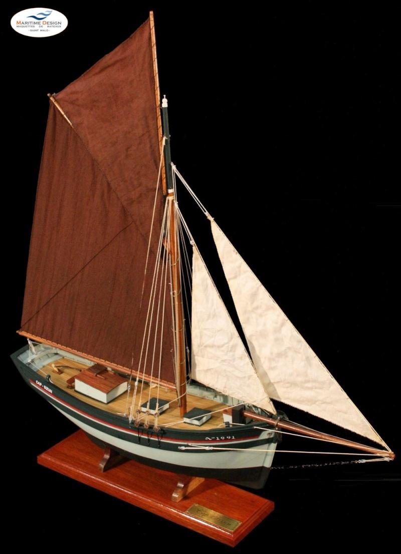 Le  CAP SIZUN en bateau moule  610