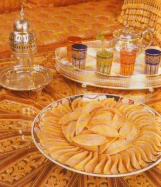 Cornes de Gazelle / Spécialité unique du Royaume du Maroc / كعب الغزال     Corne-10
