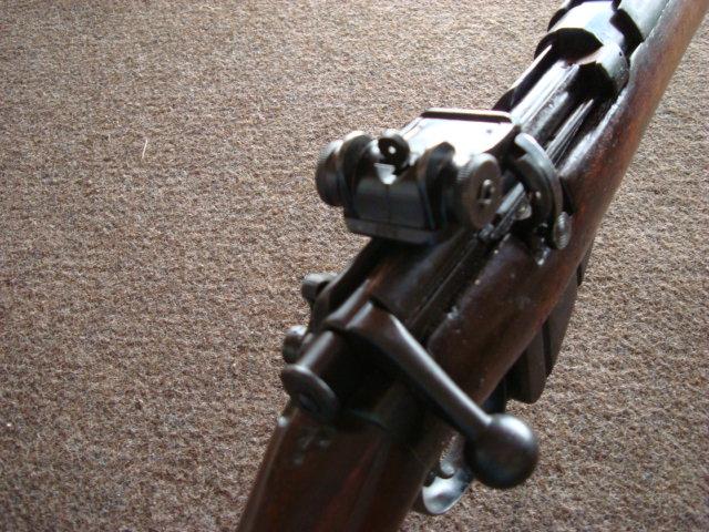 .22 RF Pattern 1914 Short Rifle No. 1 avec une mire arrière canadienne No. 10A Dsc01417