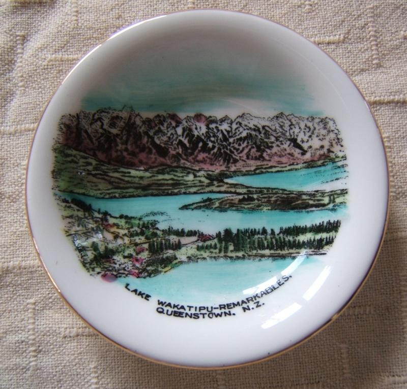 Royal Grafton souvenir dish Grafto11