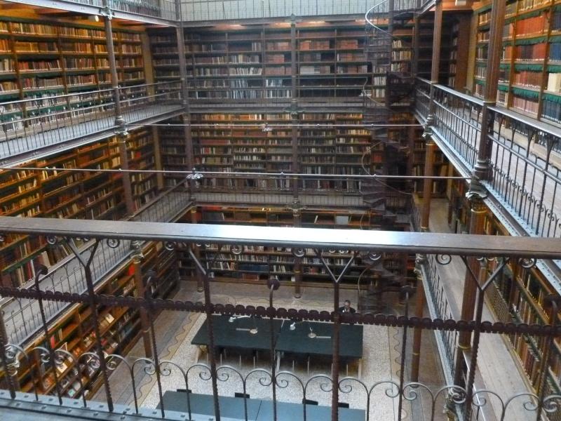 Des bibliothèques prestigieuses. P1030612