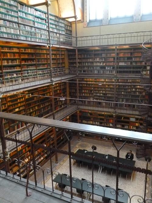 Des bibliothèques prestigieuses. P1030614